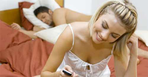 4 Signs your wife might be cheating on you